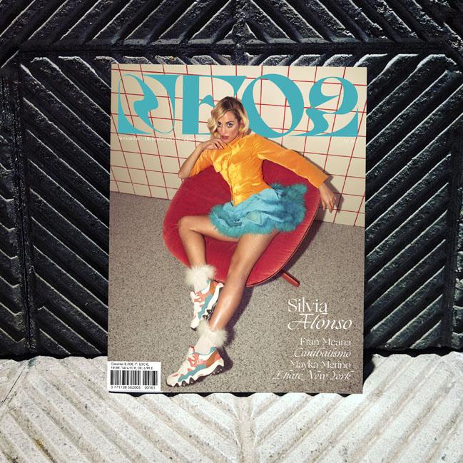 Neo2 revista portada con Silvia Alonso
