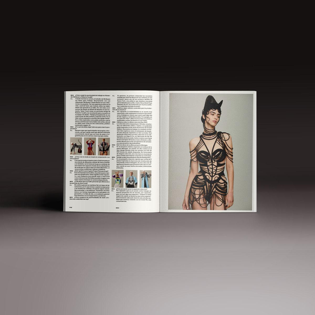 Neo2 Magazine doble página con diseños de moda