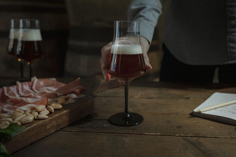 Las Numeradas: Alhambra y su cerveza envejecida en barrica