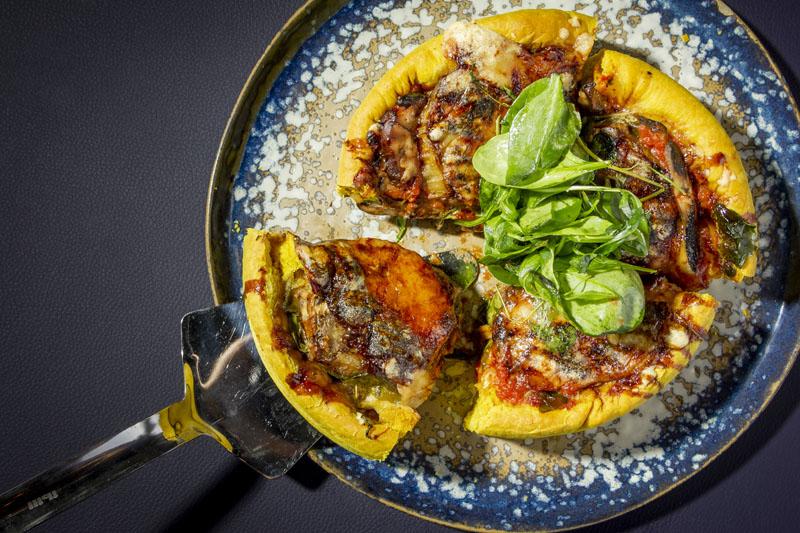Desconcierto El Cucufate: pizza Chicago y la mejor IPA