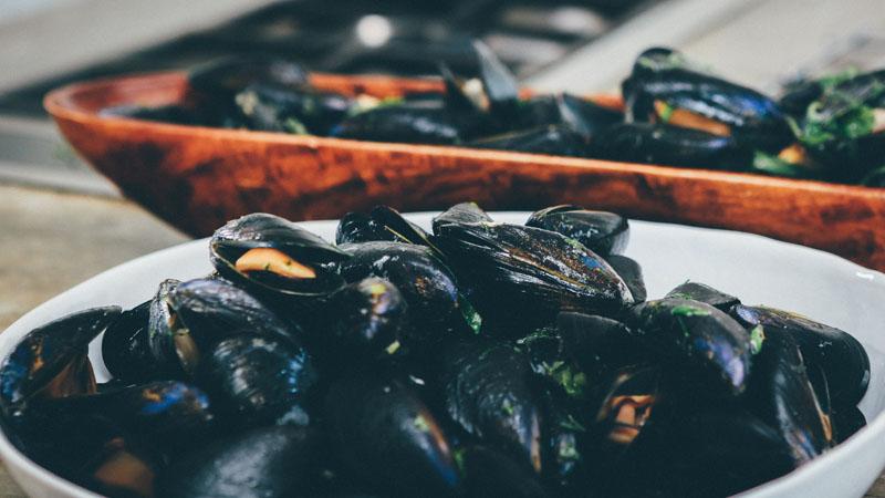 Tragedia a la vista: hemos dejado de comer mariscadas