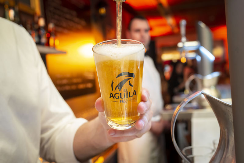 Vuelve la mítica cerveza madrileña El Águila