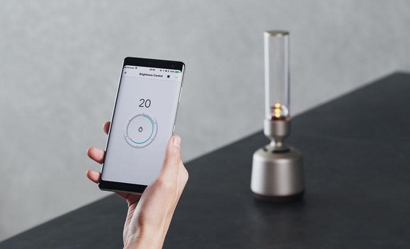 Sony Glass Sound Speaker, una lámpara que es altavoz