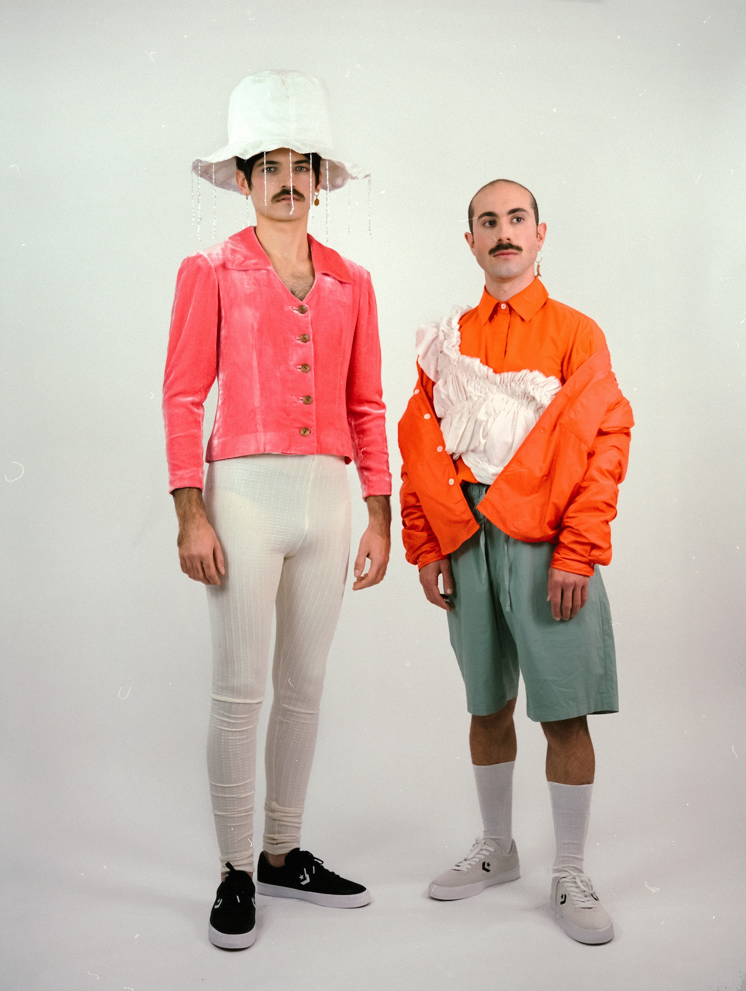 Los Manises crean su propio género musical: puerrowave