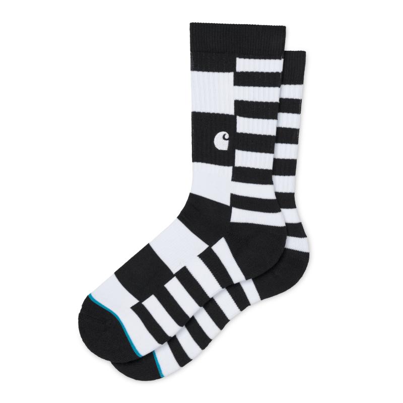 La reinterpretación del calcetín por Carhartt WIP y Stance