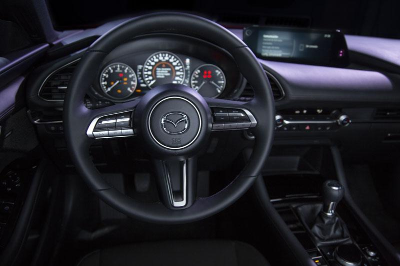 Nuevo Diseño Japonés: Mazda y Maruni
