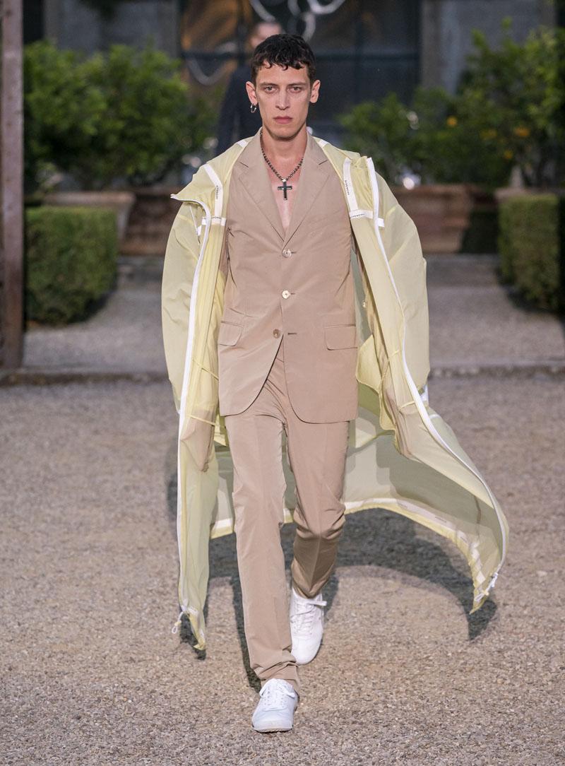 Givenchy Men SS 2020, un show de contrastes