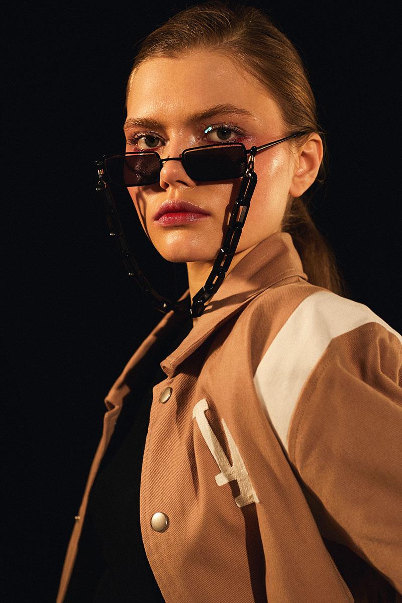 Inspiración 90s en la moda streetwear del siglo XXI