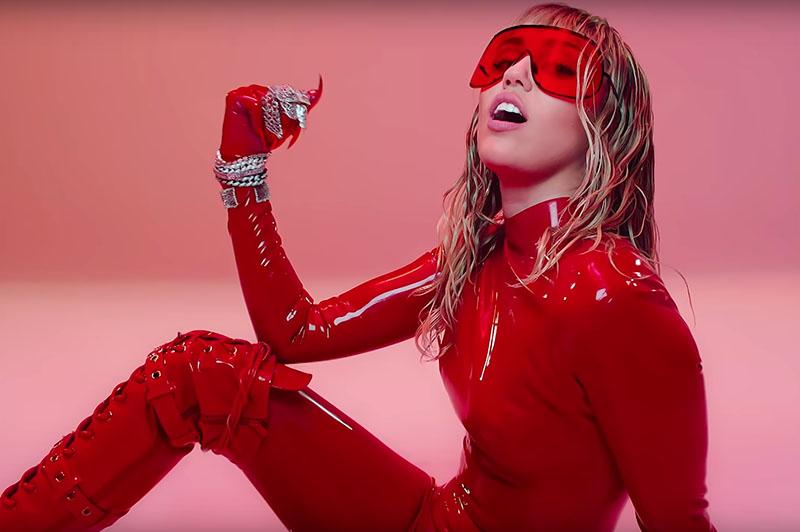 Nuevo videoclip de Miley Cyrus: Mother's Daughter