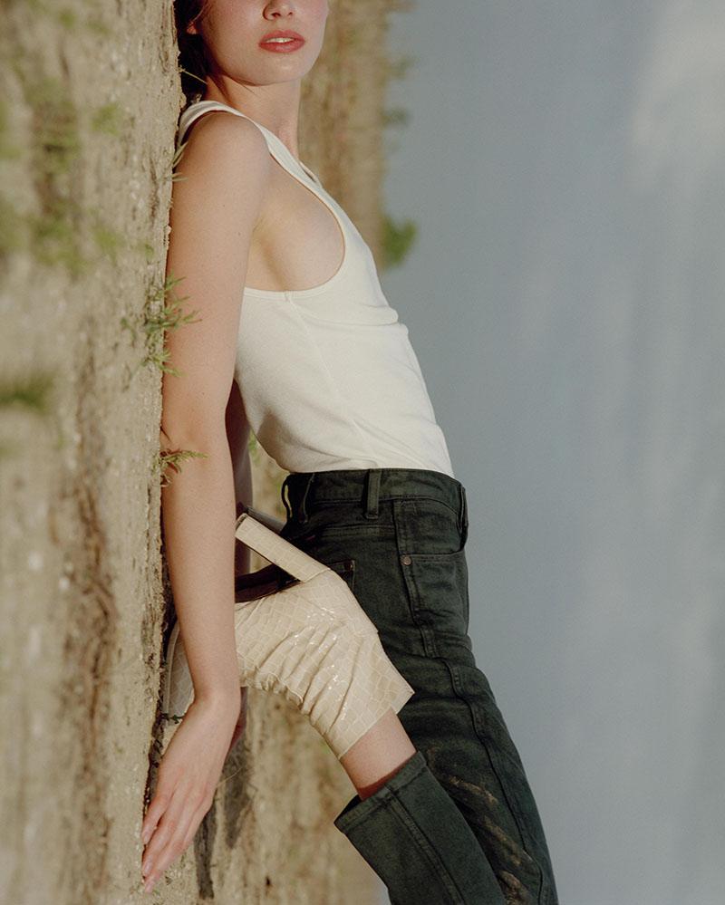 Wrangler hace una oda al cuerpo femenino