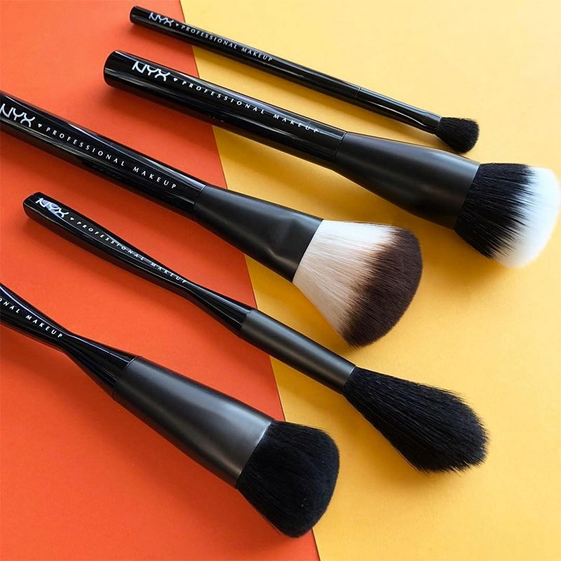 Las cinco brochas básicas para maquillarte