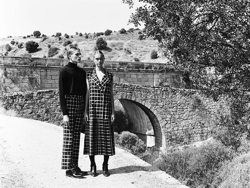 'Amor Prohibido' en blanco y negro