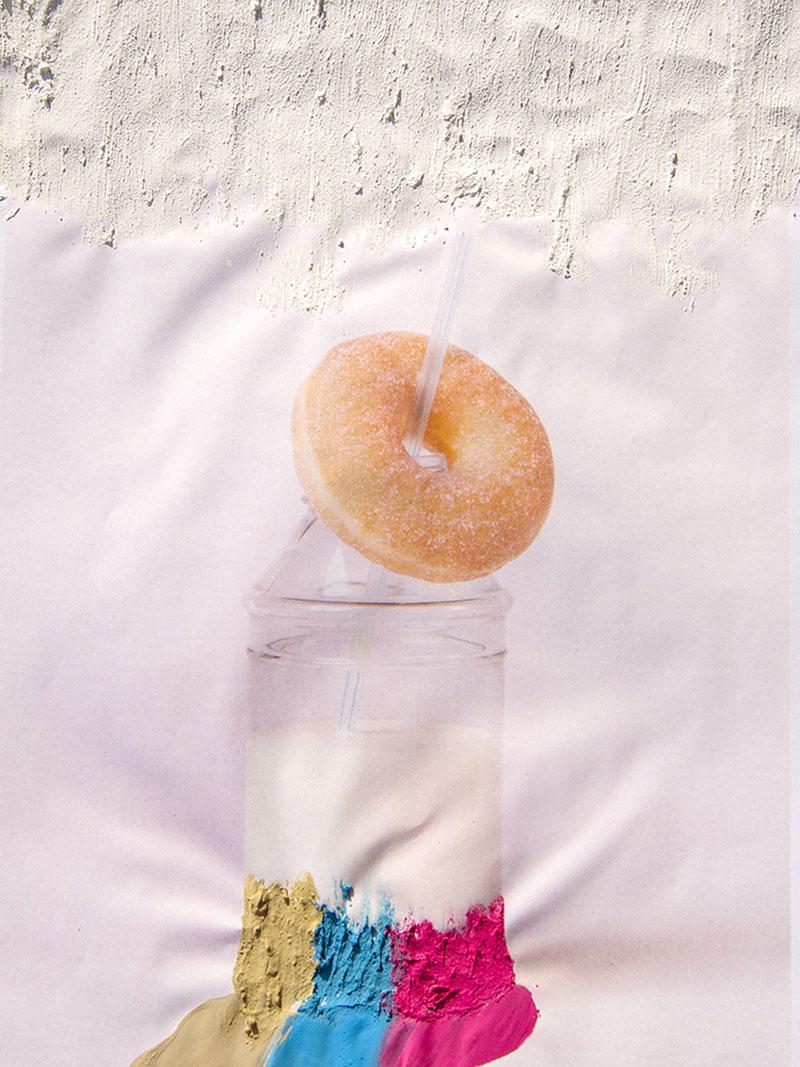 Dildo con Bigote, de la foto de producto a la foto de autor
