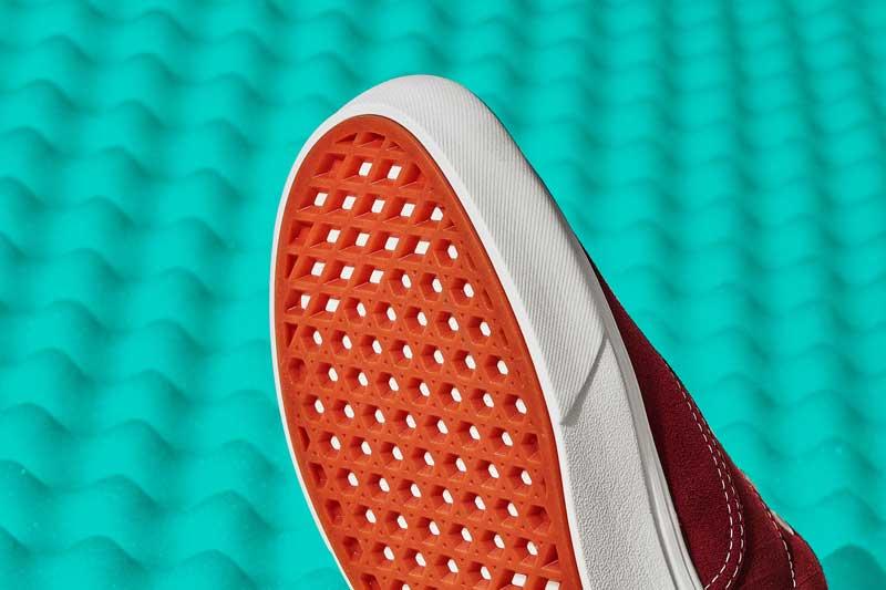 Las nuevas zapatillas Era ComfyCush de Vans