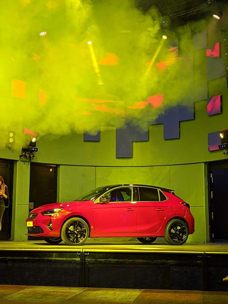 Opel Corsa pone la nota eléctrica en la fiesta de Neo2