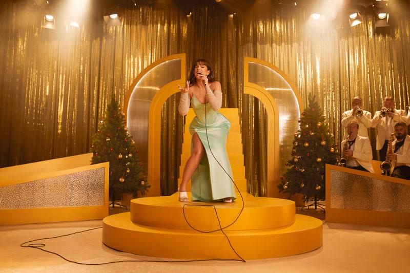 Nathy Peluso estrena canción navideña: Copa Glasé