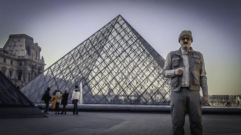 Pirámides murcianas: humor, egiptología y alienígenas