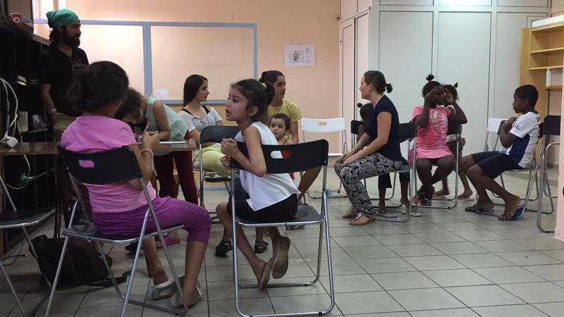 Nuestra vida como niños refugiados en Europa, el corto