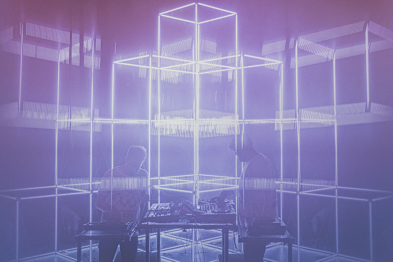 La electrónica experimental de Digitalism