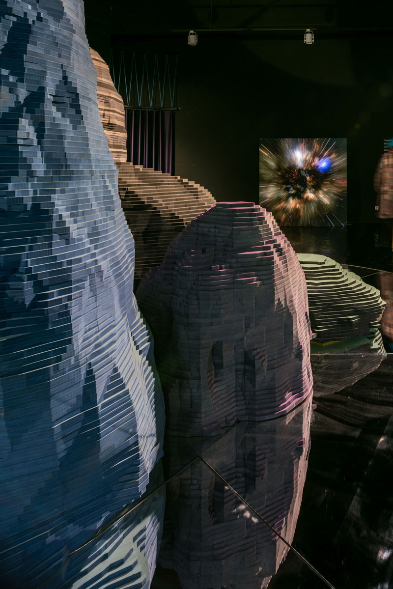 Enorme Estudio: Astral Bodies by Finsa