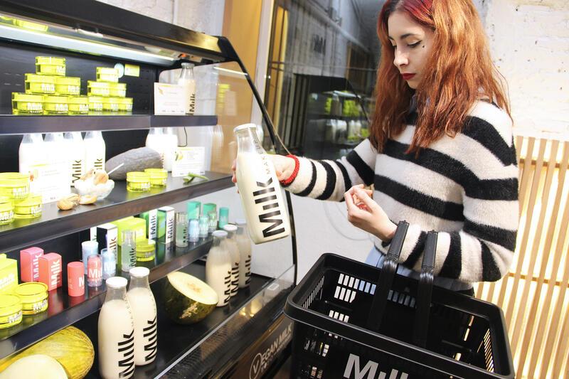 Georgie Greville nos cuenta los secretos de Milk MakeUp