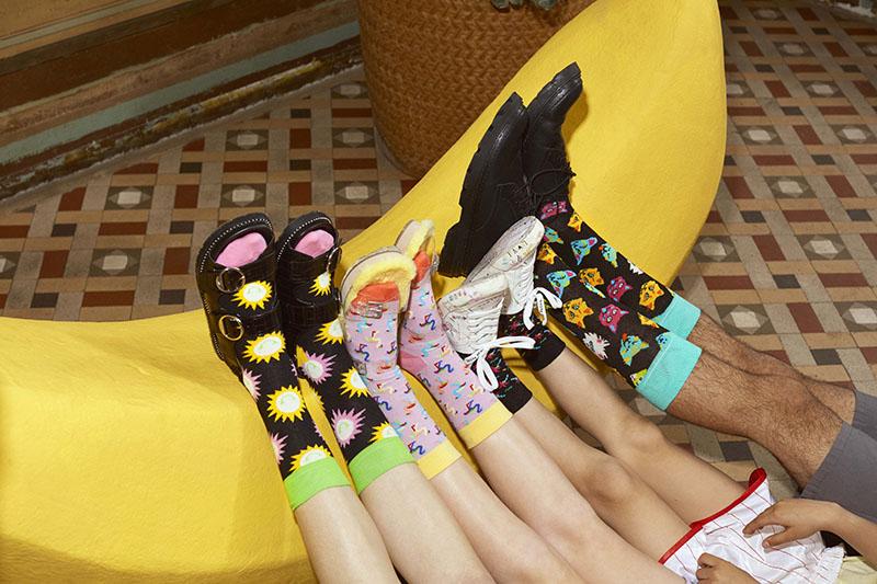 Alegra tus días con Happy Socks