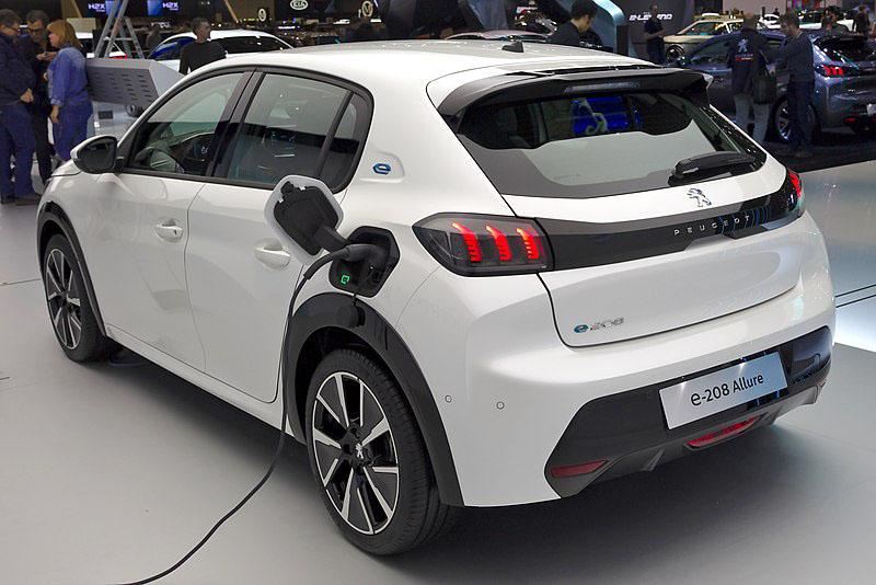 La evolución de los vehículos eléctricos en Peugeot