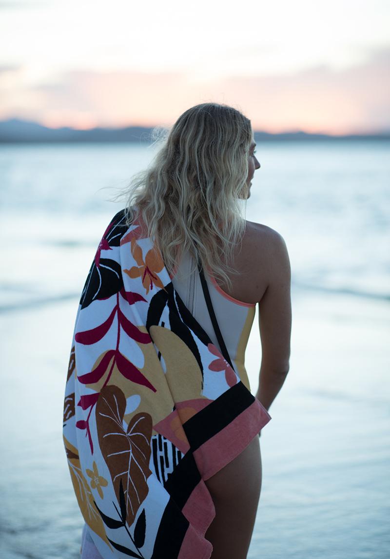 Roxy apuesta por el medio ambiente con Pop Surf