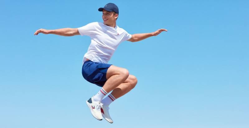 Mantente activo en casa con Tommy Sport