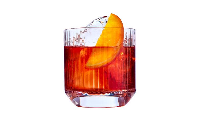5 Cócteles con ginebra fáciles para hacer en casa
