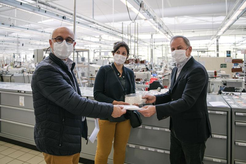 El lujo de tener una mascarilla gracias a Louis Vuitton
