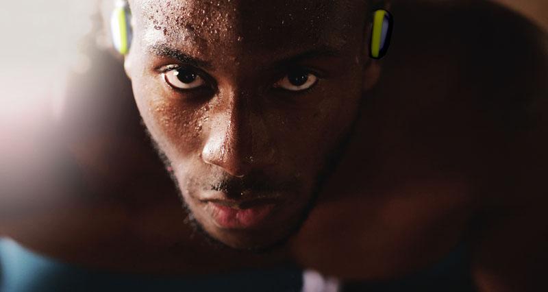 Auriculares de JVC para runners con entrenador incluido
