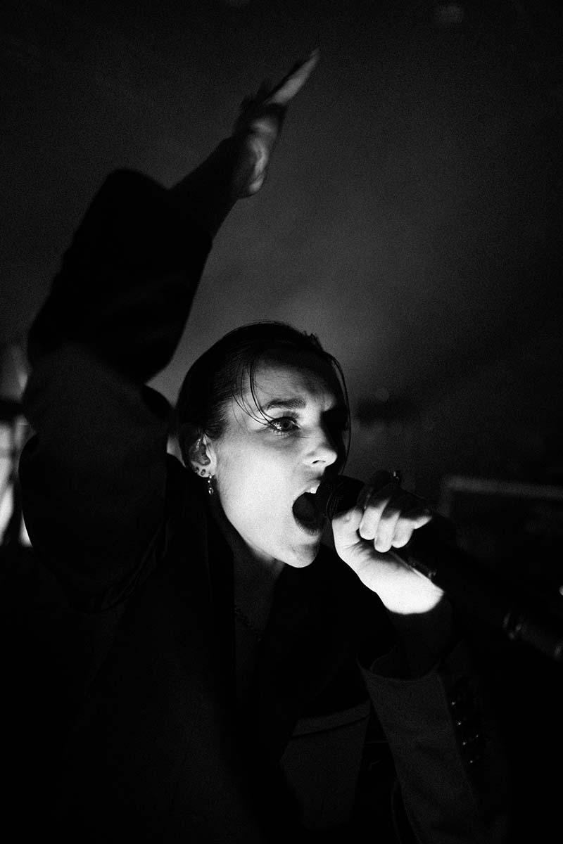 Jehnny Beth de Savages se lanza en solitario con su disco