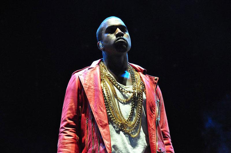 Kanye West dona 2 millones de dólares a #BlackLivesMatter