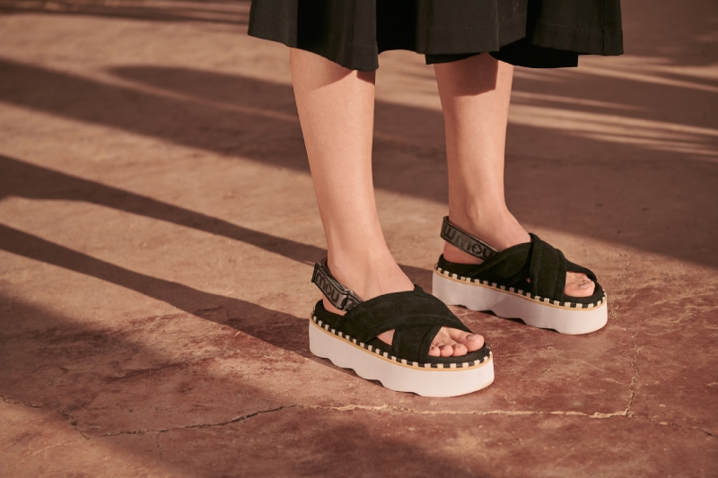 Las sandalias chunky más estilosas son de Mou