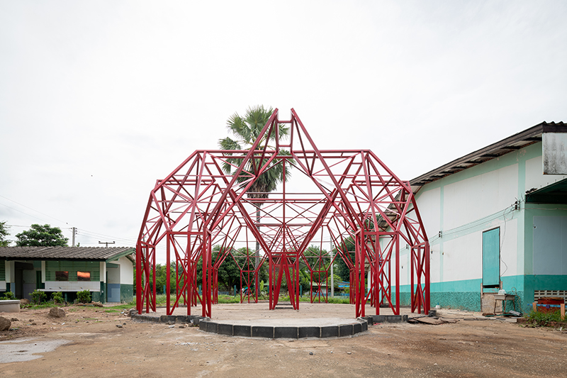Pylonesque, la escuela eco-friendly de Pareid en Tailandia