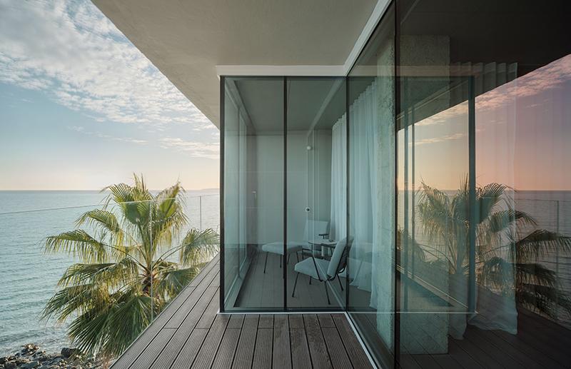 Primitivo, Ara y Noa González: Habitación al mediterráneo