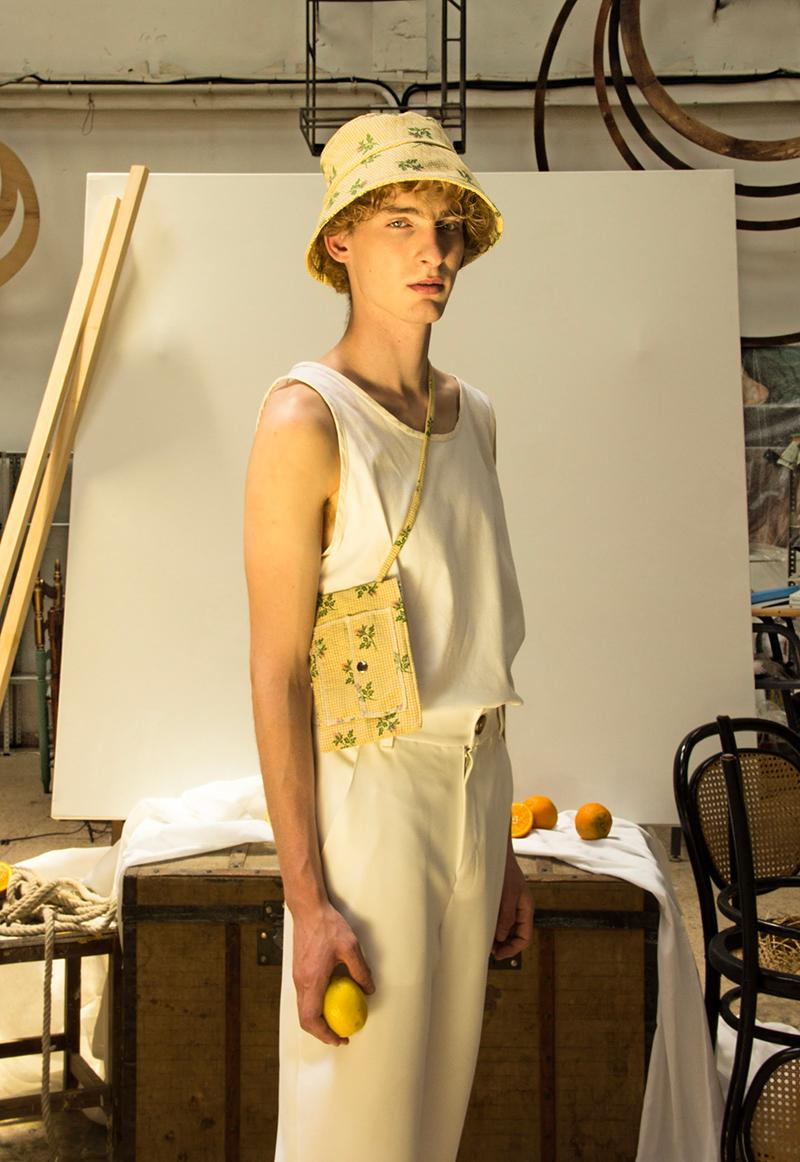 Moda Valenciana representada por Vicristal