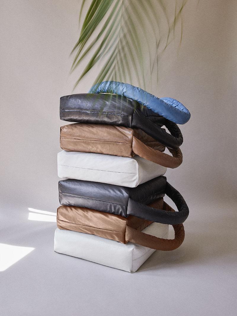 Muller Van Severen crea The Pillow Sofa para Kassl Editions