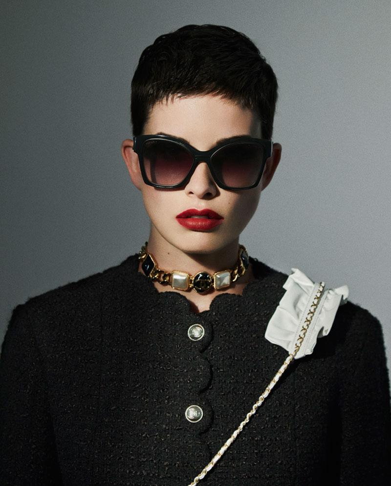 Chanel FW20: Maquillaje y Gafas de Sol para triunfar