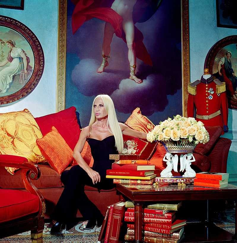 Miles Aldridge, 'Virgen María. Supermercados. Palomitas'