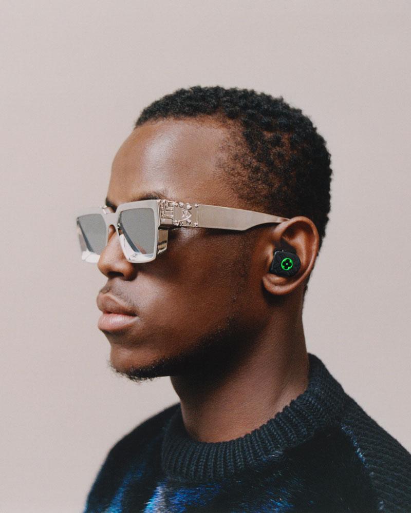 Los earphones de Louis Vuitton que parecen earrings