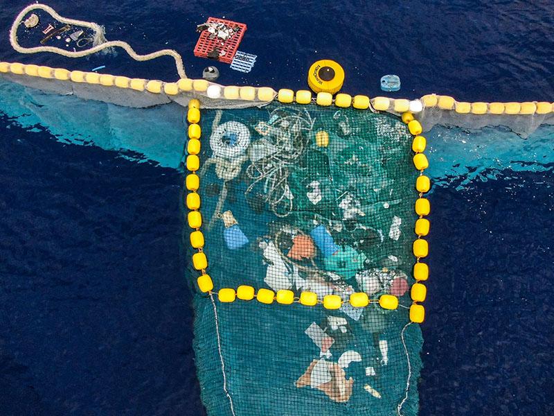 Las gafas de sol que limpian el oceáno