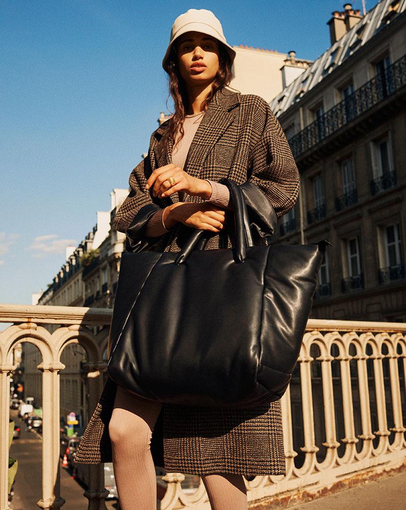 Urban Essentials By Mango: la colección que no pasa de moda
