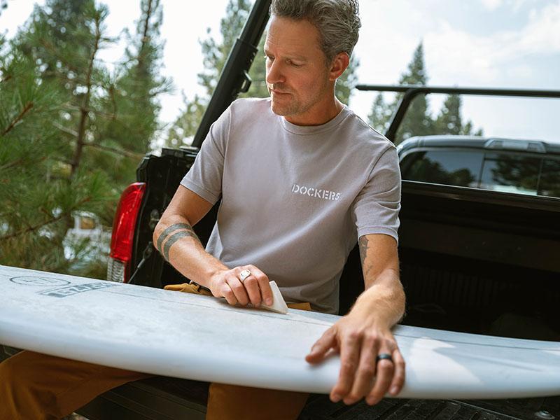 Dockers x Jon Rose, fundador de Waves For Water