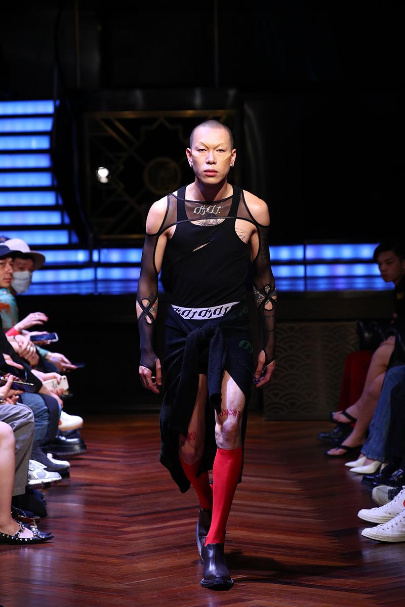 Una visión futurista de la mujer actual: Didu SS21