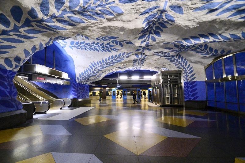 El metro de Estocolmo, un museo de arte subterráneo