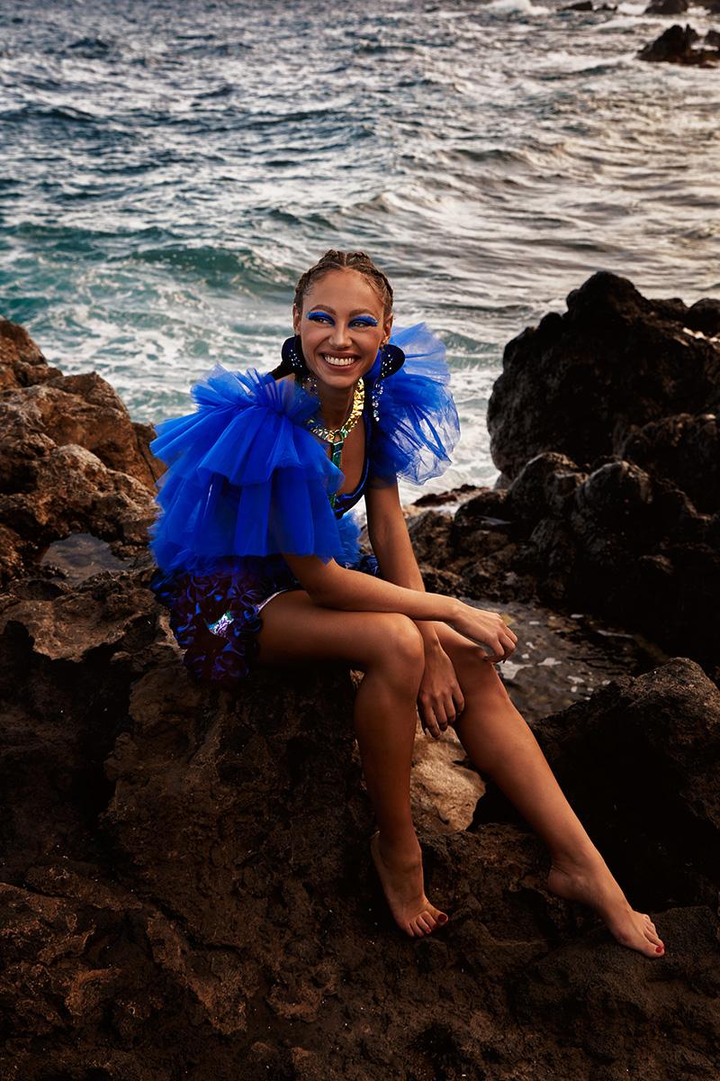 Paloma Suárez SS21 y su aventura colorista en Canarias