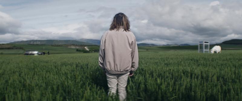 Irten barrura: cabinas, surrealismo y cantantes hardcore