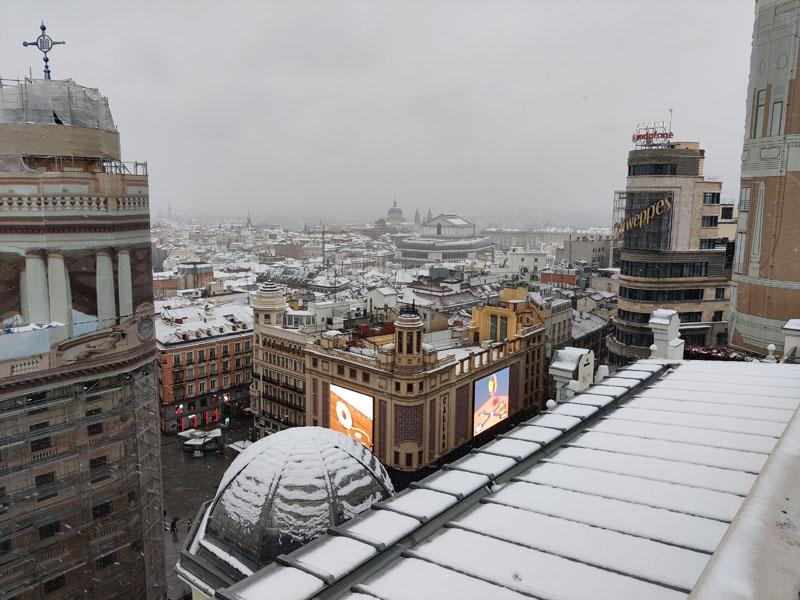 ¿Cuándo y cómo  se puede conducir en Madrid con el hielo?